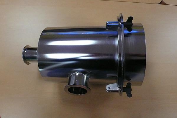 70m3h-filter-casing-glove-box