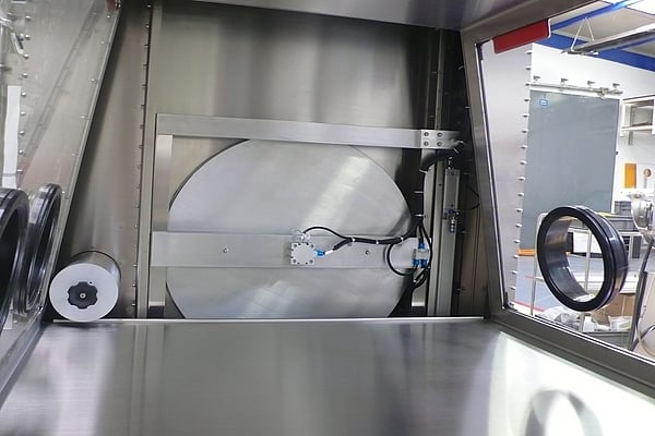 automatic-door-glove-box-2