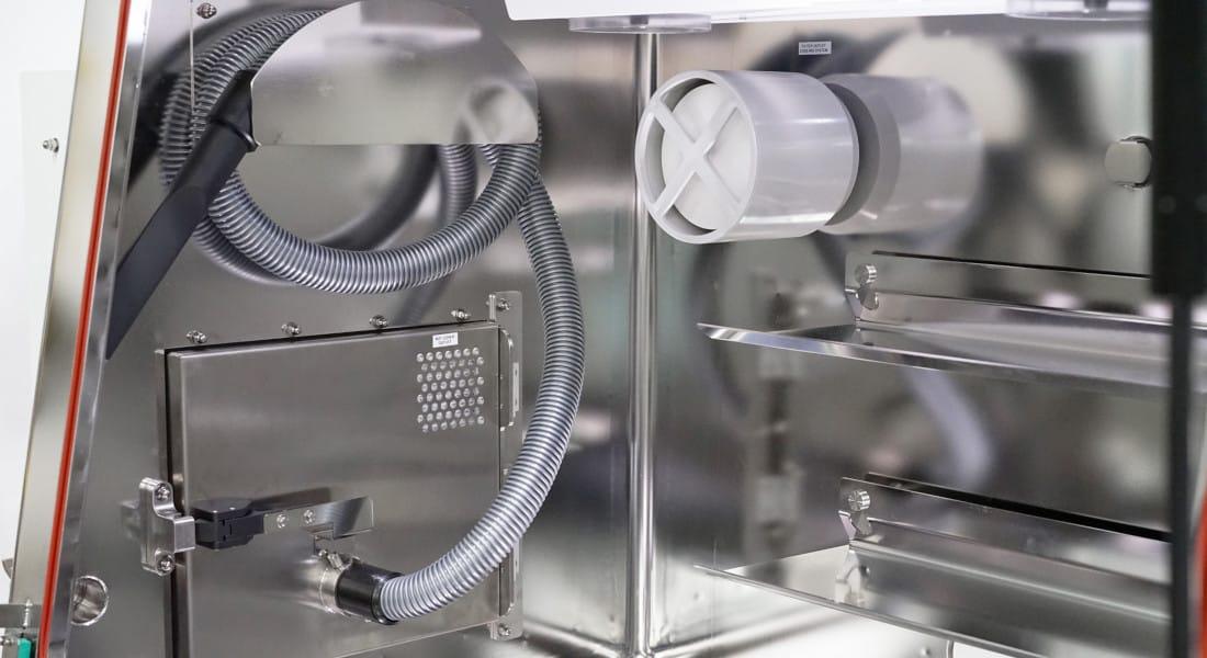 electropolishing-pharma-medical-isolator