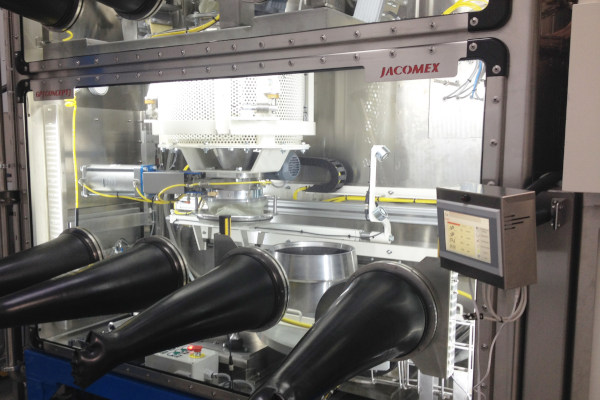 industrial-glove-box-integration