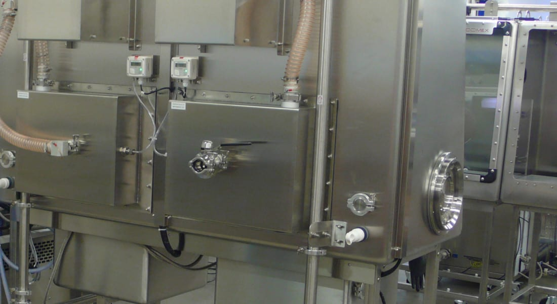 nanopowders-operator-protection-glove-box