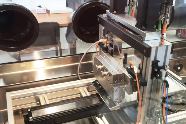 Slot Die coating process for Glove boxes