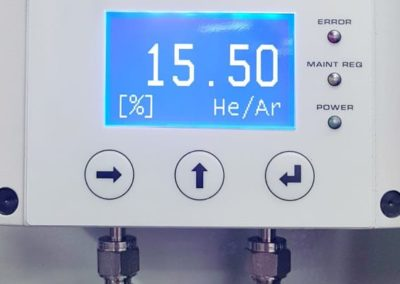 He – H2 Analyzer for Glove Boxes